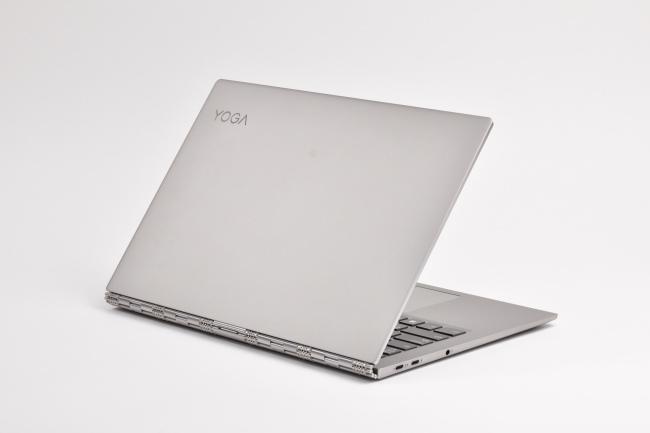 Lenovo YOGA 920 背面側(その1)