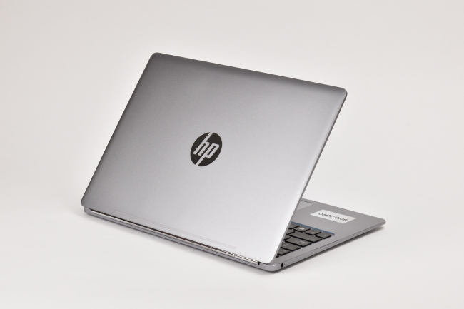 HP EliteBook Folio G1 背面側(その3)