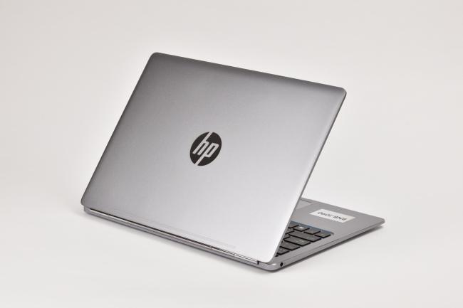 HP EliteBook Folio G1 背面側(その3)
