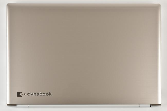dynabook AZ65/F 天面(その1)