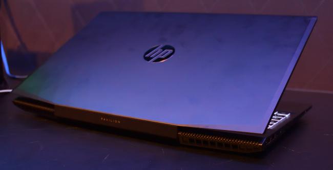HP Pavilion Gaming 15 排気口