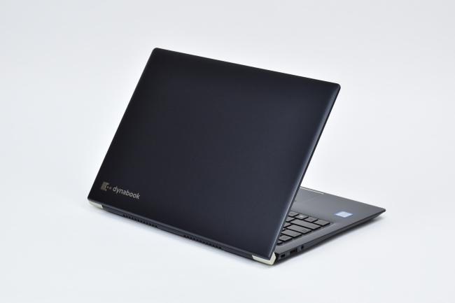 dynabook UZ63/F 背面側(その3)