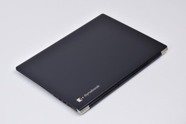 dynabook UZ63/F 天面(その2)