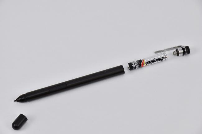 アクティブペンは単6型(AAAA)乾電池