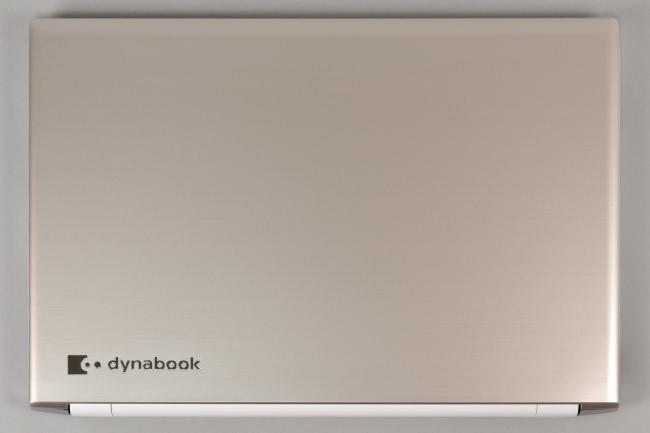 dynabook AZ65/G 天面(その1)