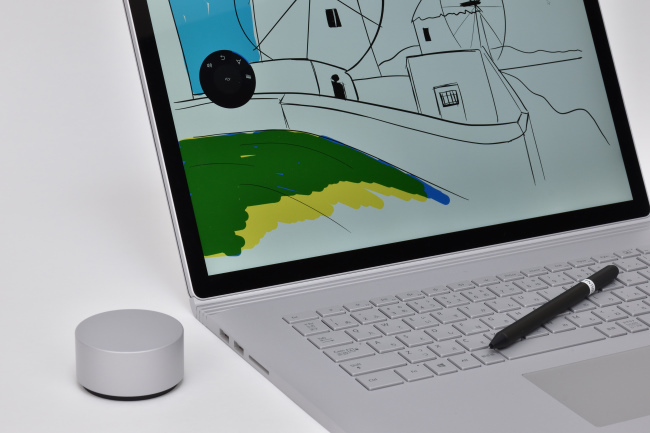 Surface Book 2 と Surface Dial