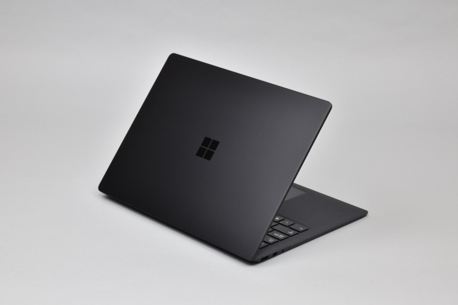 Surface Laptop 2 背面側(その3)