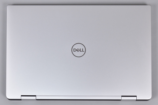 XPS 15 2-in-1 (9575) 天面(その1)