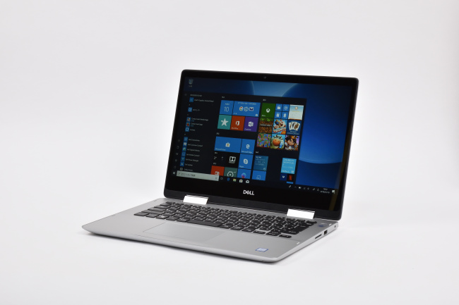 Inspiron 14 5000 2-in-1 (5482) 正面