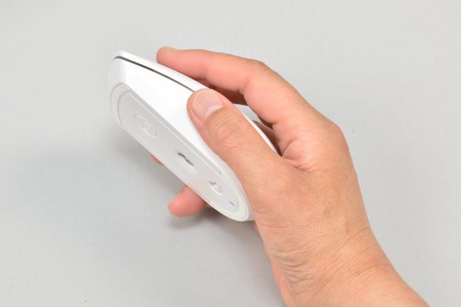 マウスは手のひらにフィット
