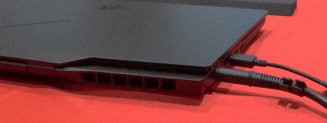 OMEN X 2S 15 排気口(左側面)