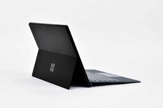 Surface Pro 7 背面側