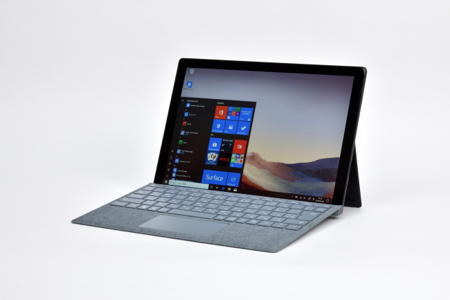 Surface Pro 7 正面