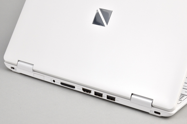 microSD カード スロット